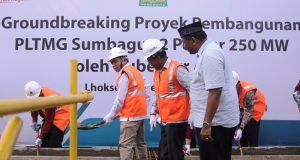 Gubernur Aceh, Irwandi Yusuf, GM PLN Aceh dan Walikota Lhokseumawe melakukan peletakan batu pertama pembangunan PLTMG Sumbagut 2, 250 MW di Lhokseumawe, Jumat, 11 Mei 2018.(Foto/Ist)