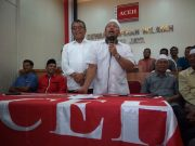 Pasangan pertahana, Aiyub Abbas -Said Mulyadi (ASLI) dalam konferensi pers di Kantor Wilayah Partai Aceh, Rabu sore (27/6/2018). (Foto/Ist)