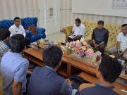 "Panitia Honda Tiger ""Kumpul Bareng Se-Sumatera III,"" saat audiensi dengan Wali Kota Banda Aceh, Jumat kemarin. (Foto/Ist)"