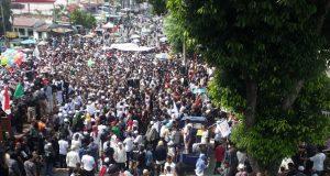 Massa aksi 2019 Ganti Presiden tampak memenuhi kawasan Masjid Raya Al-Mashum Medan, tepatnya di Jalan SM.Raja Medan, Minggu (22/7/2018). (Foto/Ahmad Mulyadi)