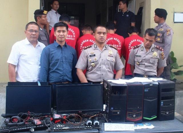 Polisi Tangkap 4 Pelaku Judi Bola Online Di Meulaboh Waspada Aceh