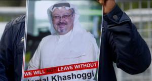 Para aktivis menuntut kejelasan keberadaan Jamal Khashoggi, yang hilang setelah memasuki Konsulat Arab Saudi di Istambul, Turki. (Foto/thewire.in/Reuter)