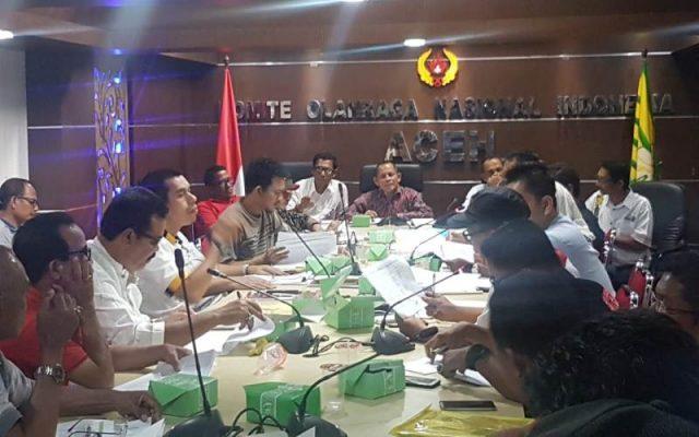 Panitia Pengarah PORA XIII dari KONI Aceh rapat dengan panitia penyelenggara (PP) PORA dan Tehnical Delegate cabang olahraga di aula KONI Aceh, Banda Aceh, Rabu (7/11) petang.