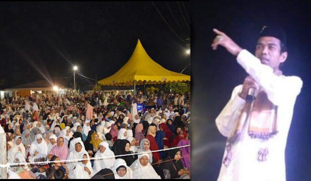 Ribuan jemaah hadir menyaksikan dakwah dai kondang asal Riau, Ustadz Abdul Somad (UAS) di Bundaran Masjid Istiqomah (MI), Tapaktuan, Aceh Selatan, Senin malam (26/11/2018). (Foto/Faisal)