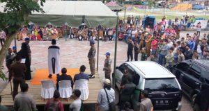 Pelaksanaan eksekusi hukuman cambuk kepada lima terpidana di Takengon, Aceh Tengah. (Foto/Bahtiar Gayo)