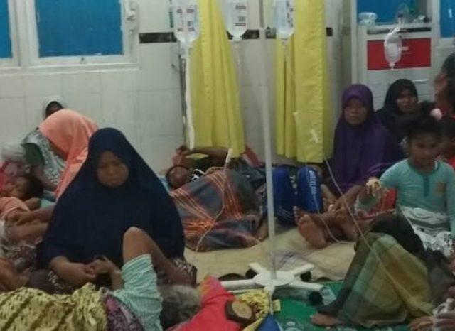 Warga yang keracunan dirawat di Rumah Sakit Umum Daerah Tgk. Abdullah Syafi'i, Mutiara, Pidie. (Foto/kba.one)
