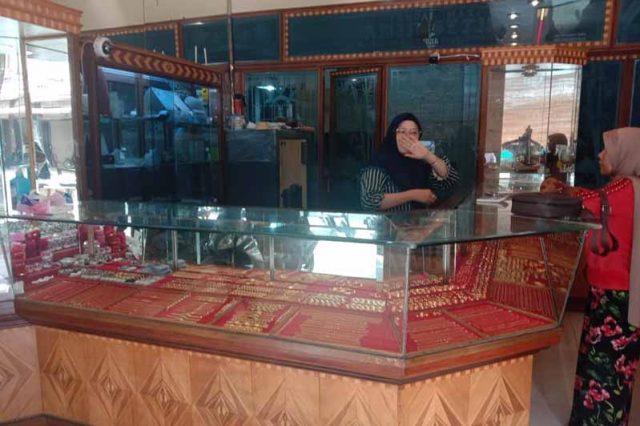 Harga Emas Di Aceh Selatan Rp2 76 Juta Per Mayam Waspada Aceh